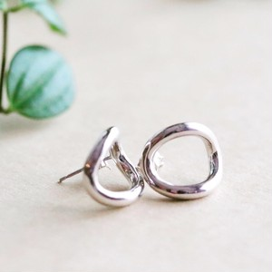 Oval Pierce
