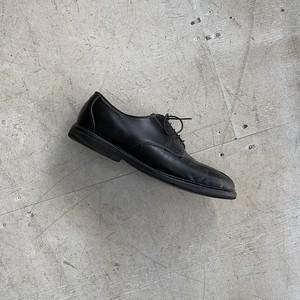 """Allen Edmonds """"U-tip leather shoes"""""""
