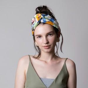 残り1点!Silk 'Barcelona' ヘッドスカーフ/ミニスカーフ