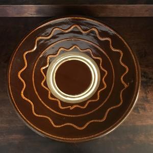飴釉イッチン描き9寸皿
