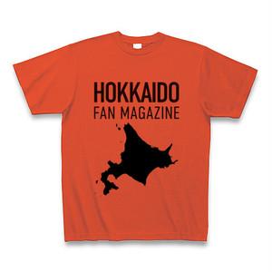 北海道ファンマガジンロゴTシャツ(イタリアンレッド地・黒字・黒地図)