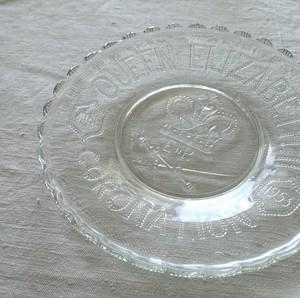 エリザベス女王のガラス皿