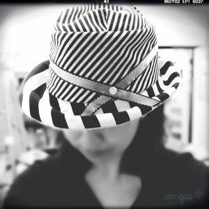 Black Hat Series   Stripe Border Asymmetric Cloche ~Mary~