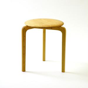 LISCIO スタックスツール(wood) (座面:チェリー, 脚:チェリー)