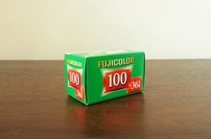 【 35mm カラーネガ 】FUJIFILM( フジフィルム )COLLAR100  36枚撮り