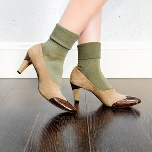 【MILKY SOCKS SERIES 】 COLOR<KHAKI>