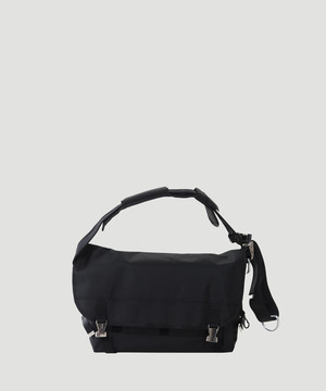 LORINZA Messenger Bag (Black/M) LO-STN-SB01