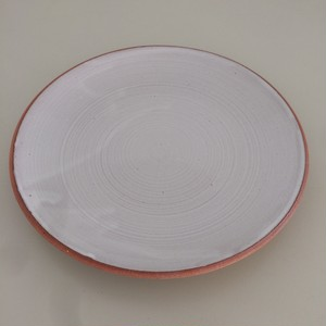 ONE KILN / CULTIVATE plate M OF white