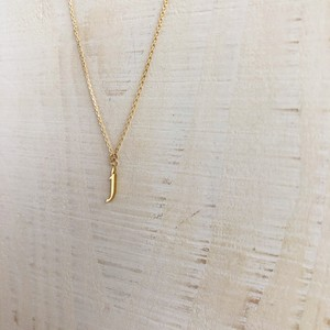 18k initial 'j' necklace / Belleza by n