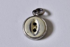 08ビンテージ 猫目ボタン ペンダントトップ Silver925