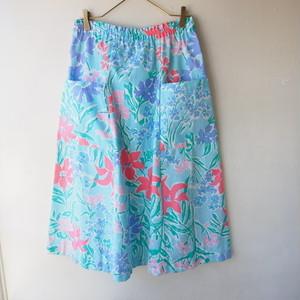 80s U.S.A. vintage sky blue flower skirt/大きいサイズ・スカイブルーとお花のスカート