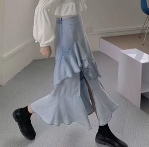 frill blue color skirt