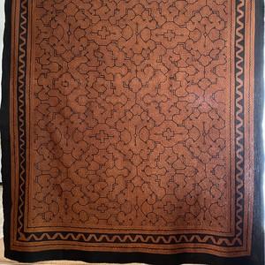 ベッドカバー36茶 特大 198x150cm アマゾン シピボ族の泥染め マルチカバー テーブルクロス 間仕切りカーテン