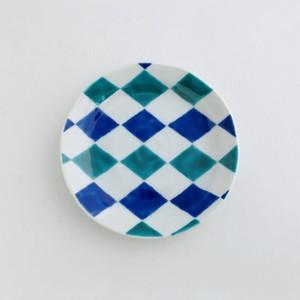 色絵菱文 皿