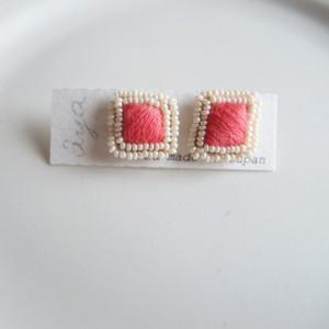 New Cotton Drop 05 ❘  aya 刺繍 ピアス