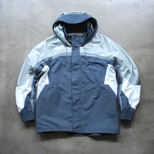 White Mountaineering CONTRASTED MOUNTAIN PARKA