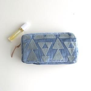 【再入荷】Embroidery Pouch/ BLUE