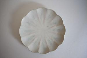 うつわうたたね|輪花淡緑釉皿 7寸