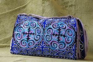 カザフ刺繍のかばん 大