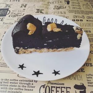 竹炭チョコレートチーズケーキ