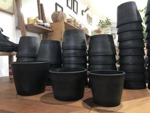 プラ鉢  ポット  ブラック W17×H13.5(cm) / プラスチック 黒 植木鉢