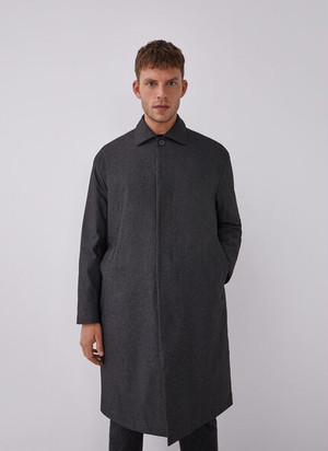 COAT WITH TECHNICAL FABRIC