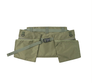MIS-1037 GAME APRON_OLIVE
