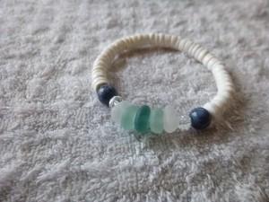 青珊瑚とグラデーションのブレスレット(オフグリーン)