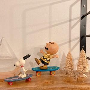 JIM SHORE PEANUTS スヌーピー Snoopy チャーリーブラウン スケートボード SkateboardingBuddies 置き物 フィギュア ピーナッツ インテリア アメリカ