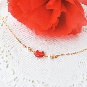 【母の日】カーネーションのような赤い猫のブレスレット