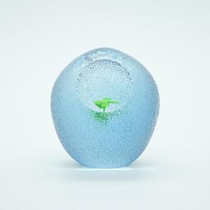 『ガラスオーナメント』 よつば 【輪島 明子】