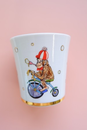monkey circus / free cup