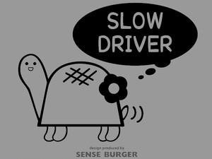 ゆっくり運転します お先にどうぞ SLOW DRIVER 安全運転 初心者運転 高齢者運転 カメ 亀  フラワー 花デザイン スロードライバー SLOW DRIVE 黒 ブラック【sti07811blk】
