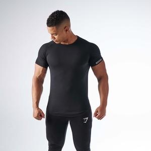 GymShark ジムシャーク DIPPED Tシャツ– ブラック【Black】 メーカー直輸入品!