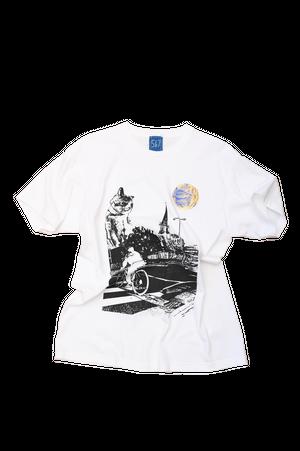 NO.485 久留米を見守る猫のTシャツ【福岡】【Lサイズ】