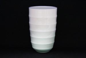 【井上康徳作】白磁緑釉線刻文花器