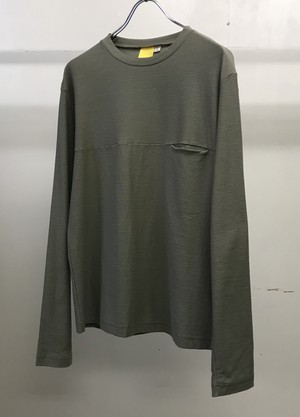 2000s MANDARINA DUCK POCKET T-SHIRT