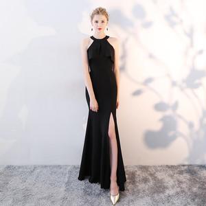 887.ホルターネックフィッシュテールイブニングドレス(ブラック)