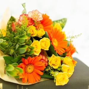 ブーケ オレンジ系 色目指定 大阪市内無料配送エリアあり