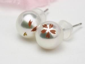 真珠の桜染のパールピアス