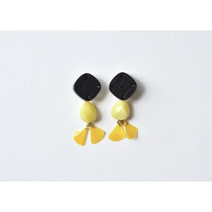 tiravisù【  french vintage beads _  ginkgo spangle _ earring 】handmade / イヤリング / japan
