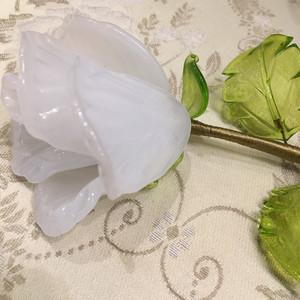 Item105 ヴェネチアンガラス ローズ アラバストロ ビアンコ ガラスのバラ