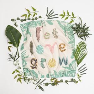 Organic Cotton 'Let love grow' リング付きミニスカーフ