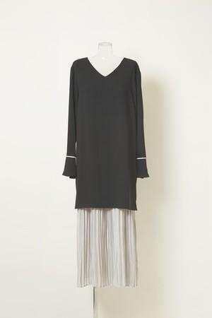 プリーツレイヤードドレス