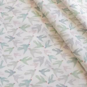 < Pastel Parrots  mini > コットン生地 45cm x 105cm