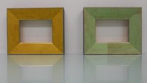 額縁アンティークおしゃれフレームC-22008黄色(側面黒) C-22007緑(側面黒) 額縁寸法80mm×60mm/窓枠寸法66mm×46mm 2mmアクリル/裏板付/ 壁掛け用/箱なし/卓上用スタンドは、付いておりません