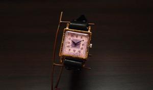 ノスタルジックな腕時計