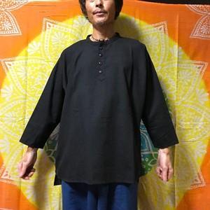 チャイハネ yul スタンドカラーのクルタシャツ 黒
