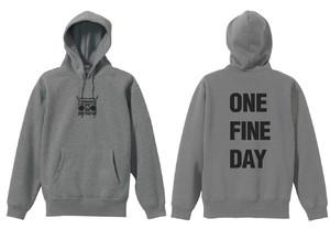 受注生産【ONE FINE  DAY】レーベルロゴパーカー(グレー)
