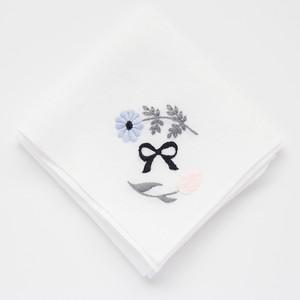 『花とリボンのハンカチ -青とピンク- 』刺繍キット